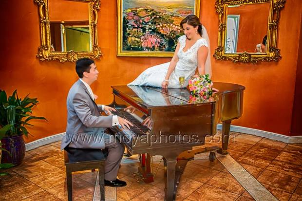 bride and groom piano